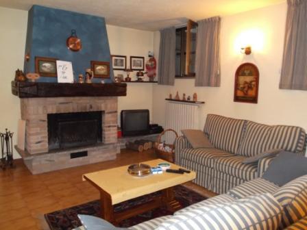 Inverigo : Villa a Schiera di quattro locali