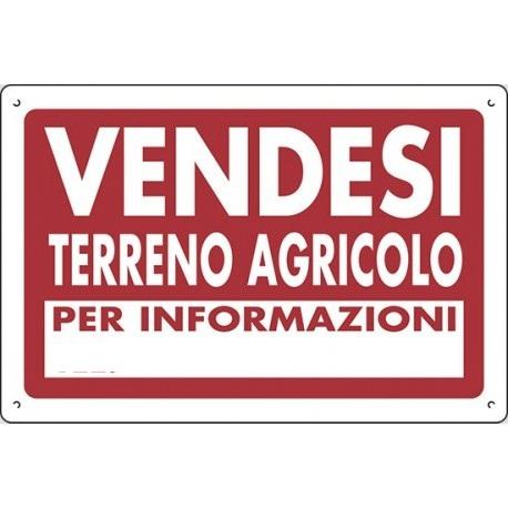 Mariano Comense : Terreno agricolo di 6150 metri